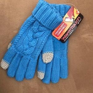 NWT small/medium touchscreen gloves